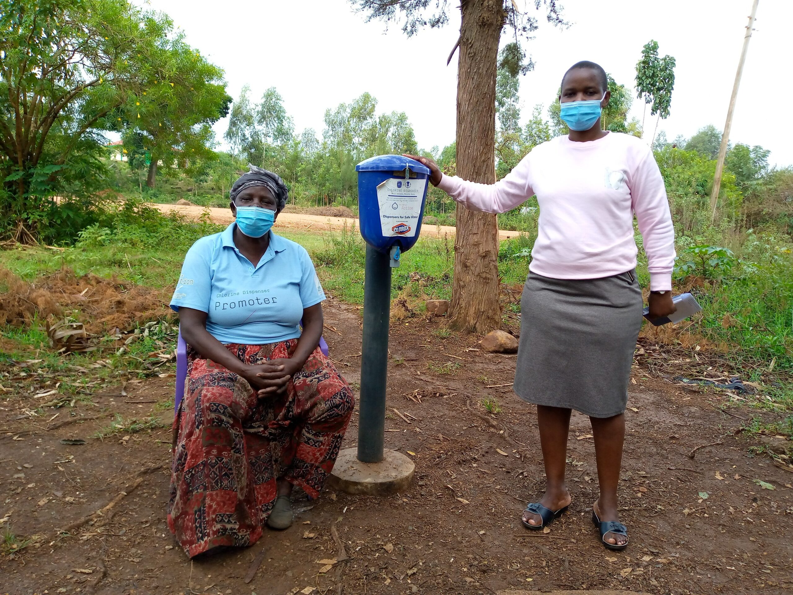 women-leaders-dispensers-for-safe-water